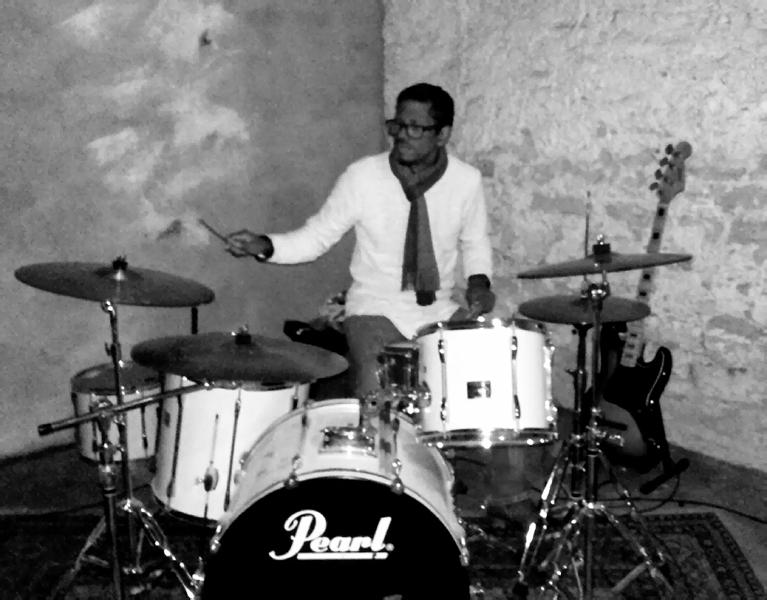 Schlagzeuglehrer